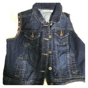 Super cute denim vest